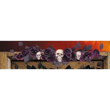 dessus-de-porte-roses-noires-et-violette-avec-cranes
