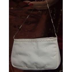 Pochette sac ivoire perlé de chez Emmerling