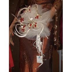 bouquet-rond-ivoire-et-rouge-bouquet-de-la-mariee