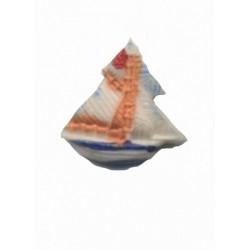 1-petit-voilier-bleu-et-orange-en-resine