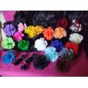 25 fleurs en papier crépon à ouvrir, vendue à la couleur