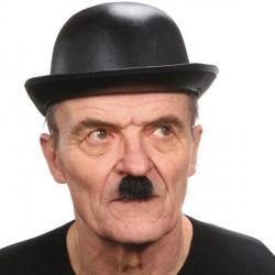 moustache-noire-charlie-chaplin-charlot