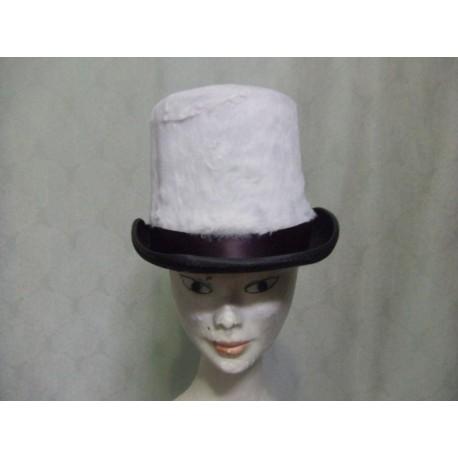chapeau-cavalier-haut-de-forme-recouvert-de-peluche-blanche