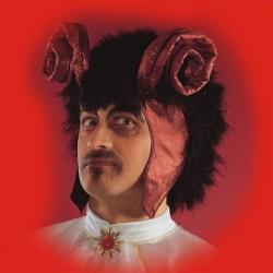 Sir Devil Noir avec des cornes rouges Type Diable Démon perruque en tissu et peluche noire