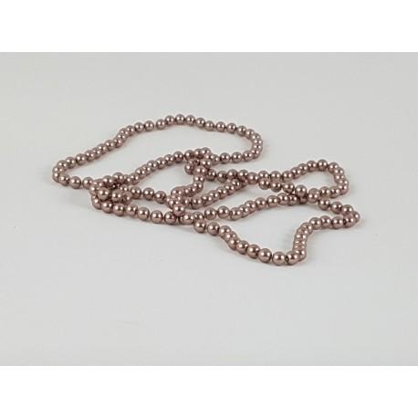 1 collier sautoir en perles de verrre peintes en noir