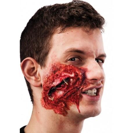 Plaie en latex avec épingle a nourrisse pour maquillage avec colle Halloween
