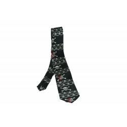 Cravate à nouer satin noir blanc têtes de mort pirate avec foulard rouge