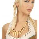 collier indien avec griffe en plastique