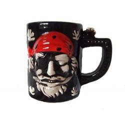 Mug vieux pirate barbu avec un bandana rouge à pois noir