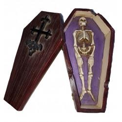 Figurine tête de mort de pirate au bandana rouge et cache oeil