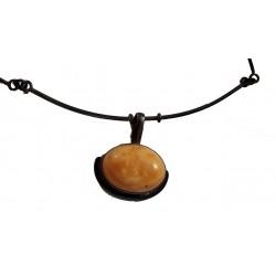 Collier avec pendentif en ambre royal véritable de la Baltique et argent massif 925°/°°vieilli collection vintage 1990