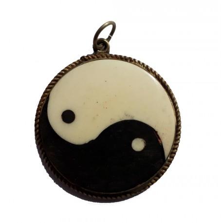 Pendentif amulette ying yang bijoux fantaisie
