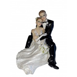 figurine-mariage-couple-enlace