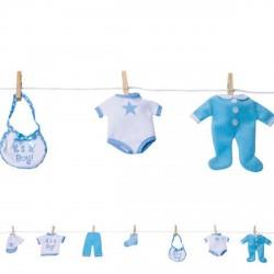 Guirlande 122 centimètres véritables petits vêtements de bébé garçon suspendus avec pince à linge