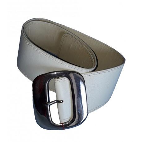 ceinture-en-faux-cuir-tresse-argente-la-boucle-est-assortie