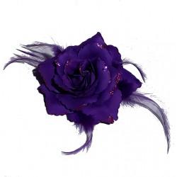 Fleur violette tissu thermoformé, paillettes et plumes, avec broche pour la maintenir