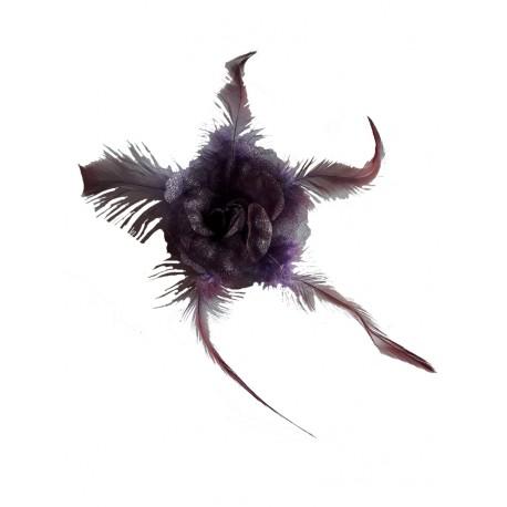 Fleur violet en organza et plumes, avec broche pour la maintenir