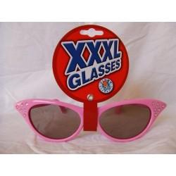 lunettes-geantes-roses-tres-retro-avec-strass-dans-les-pointes