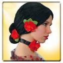 Perruque espagnole Rosita chignon bas avec fleurs rouges